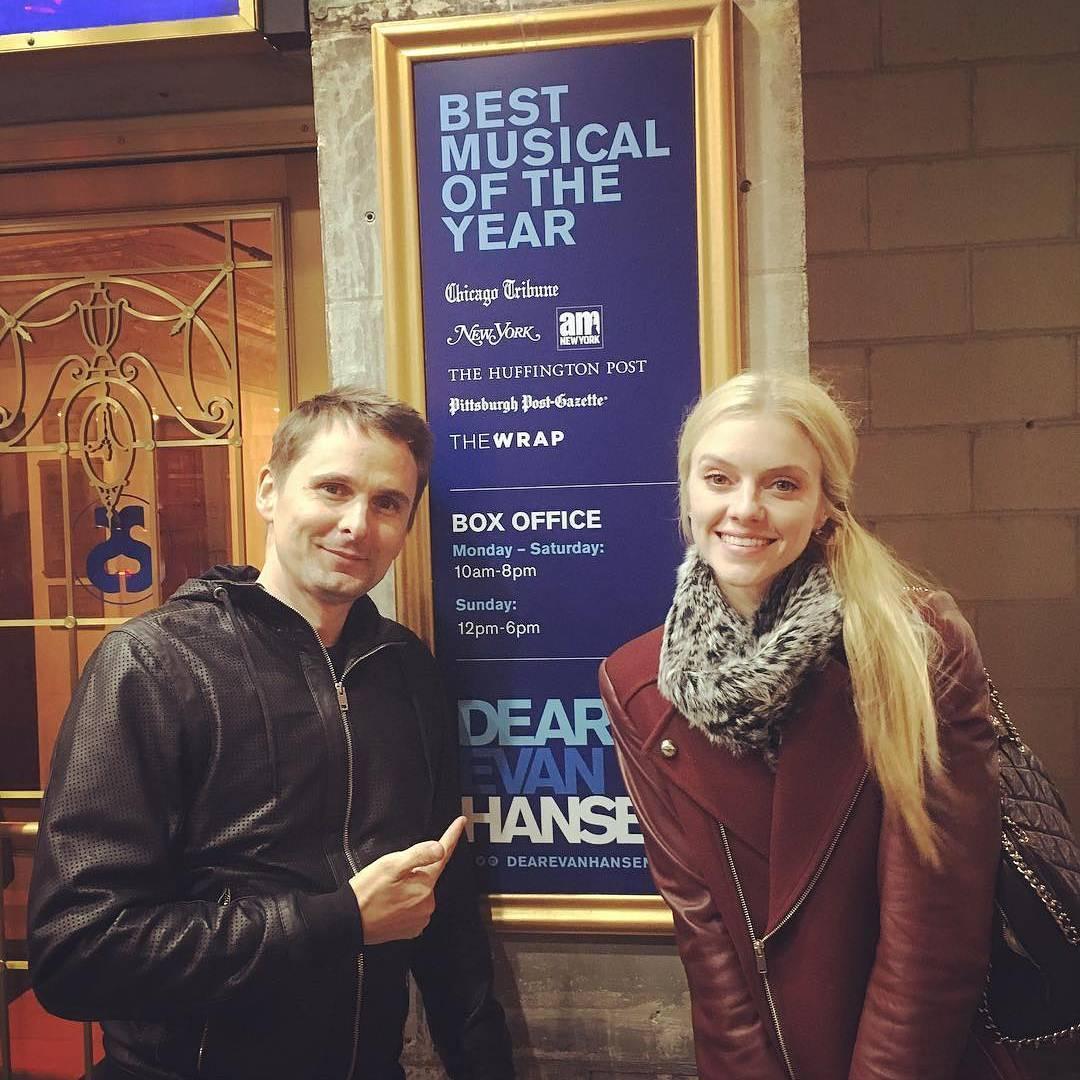 mattbellamy  Matt e Elle em Nova York!  Matthellip